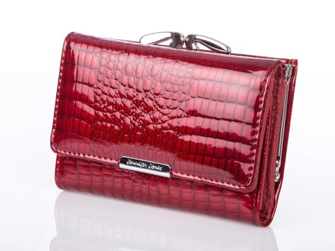 Czerwone portfele damskie